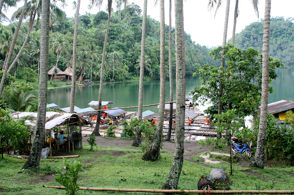 pandin lake in san pablo