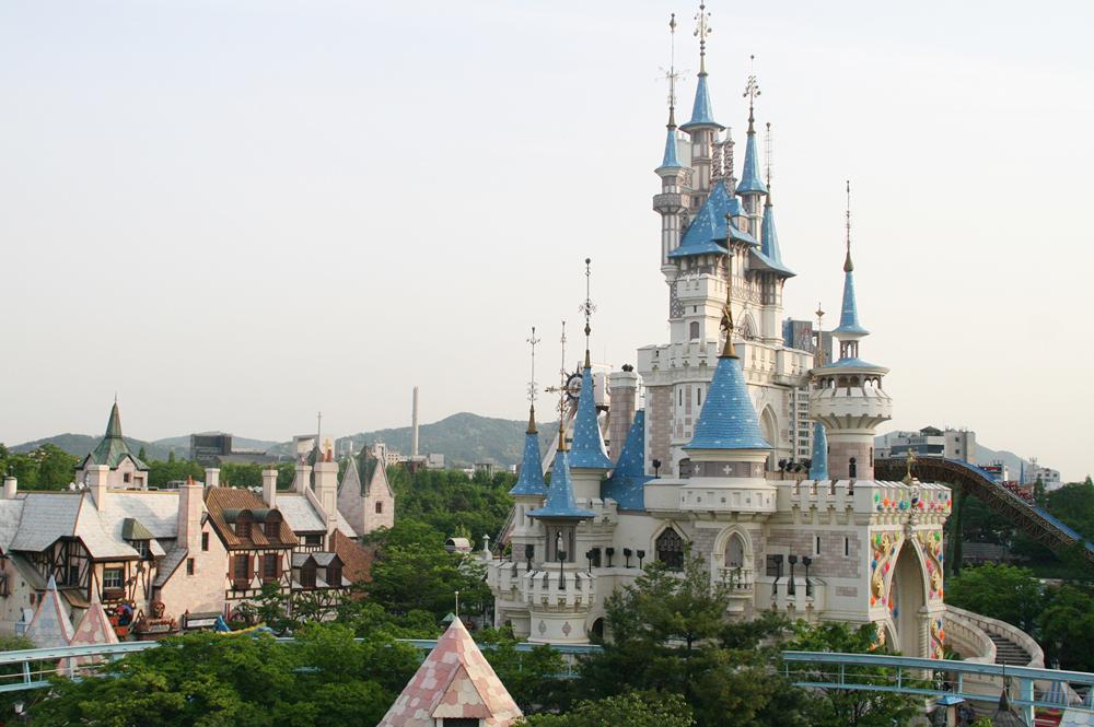 lotte world castle 8