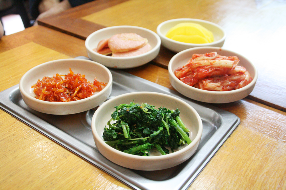 day 1 korean food - banchan