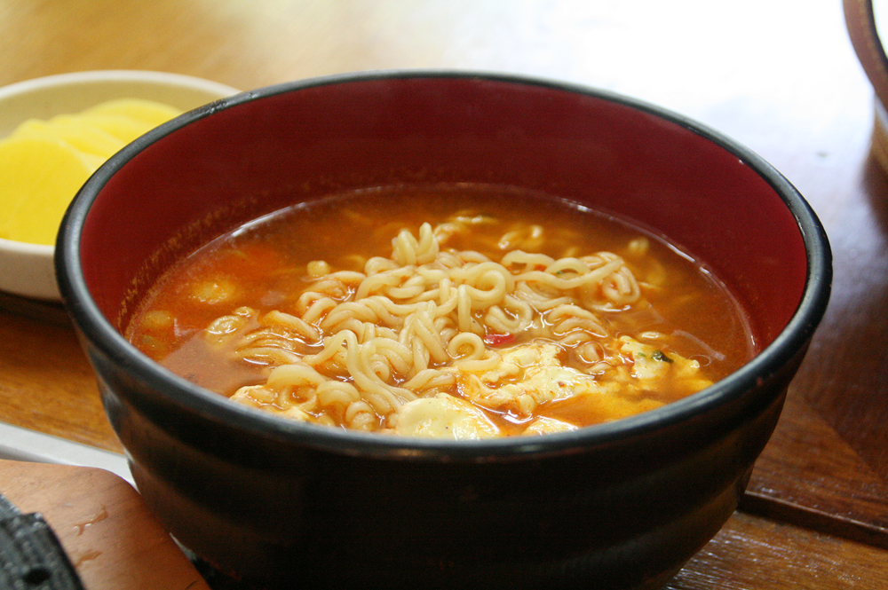 day 1 korean food - ramyun ramen