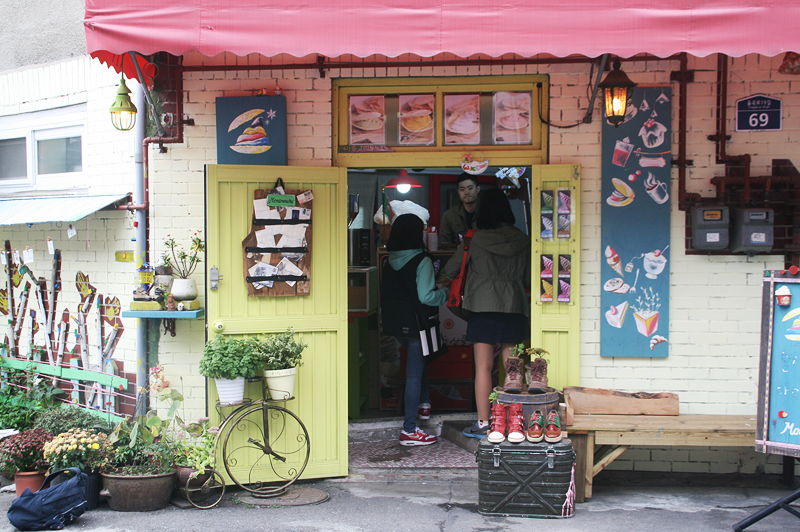 cute cafes in seoul 2