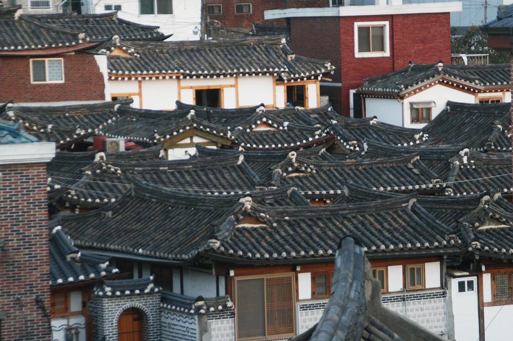 hanok houses roof - bukchon hanok vilage