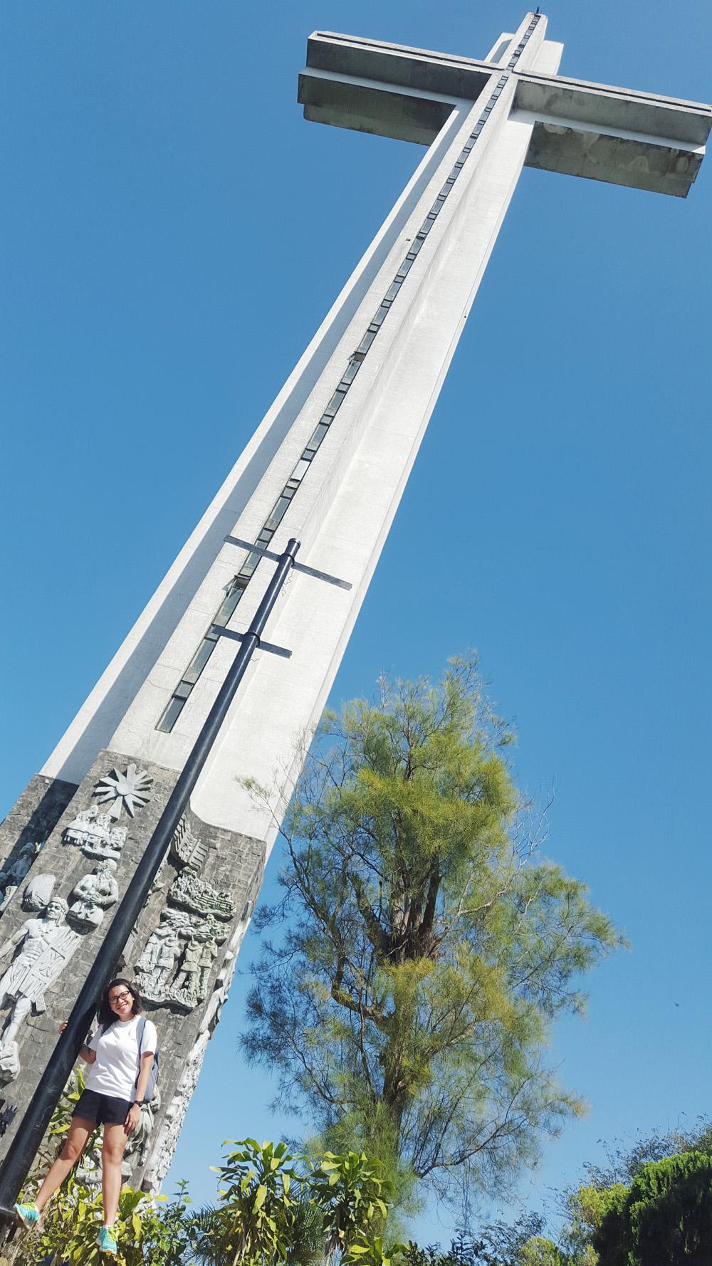 cross at shrine of valor